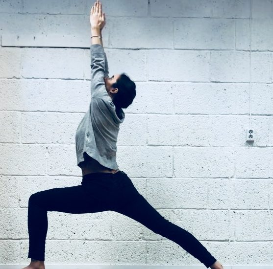 5 YOGA POSES to warm you up this winter!